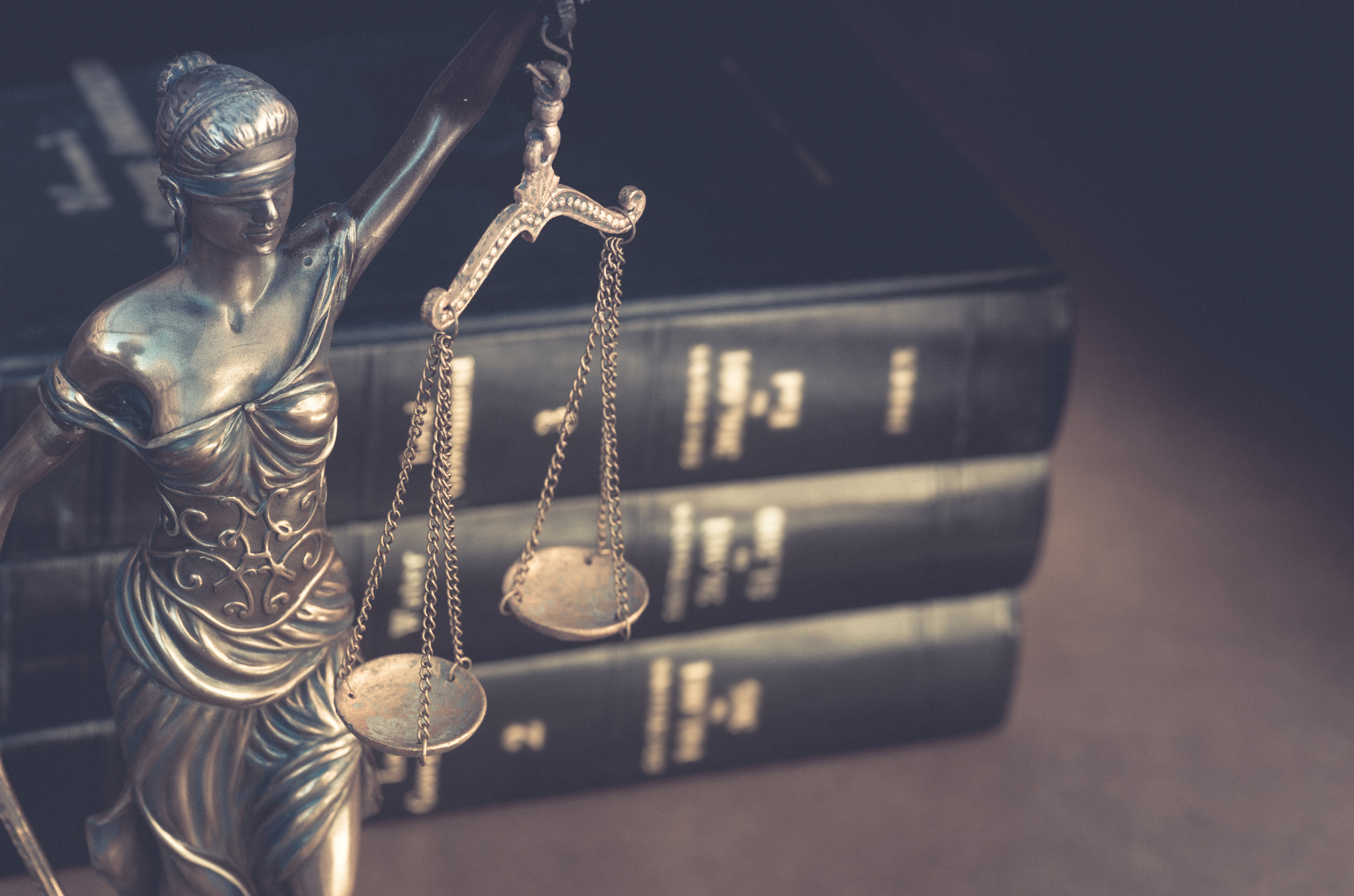 Why Choose Professional Court Services