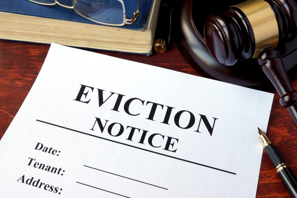 serving eviction notices in Texas