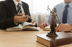 Why Law Firms Need Experienced Foreclosure Process Servers